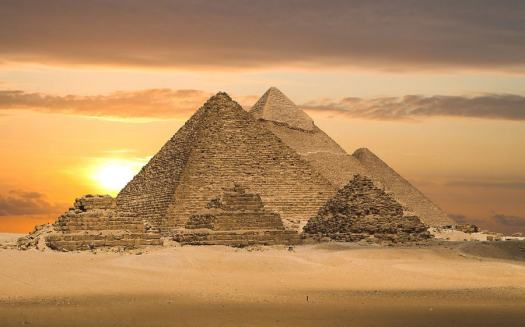 Pyramids_of_Giza_Egypt