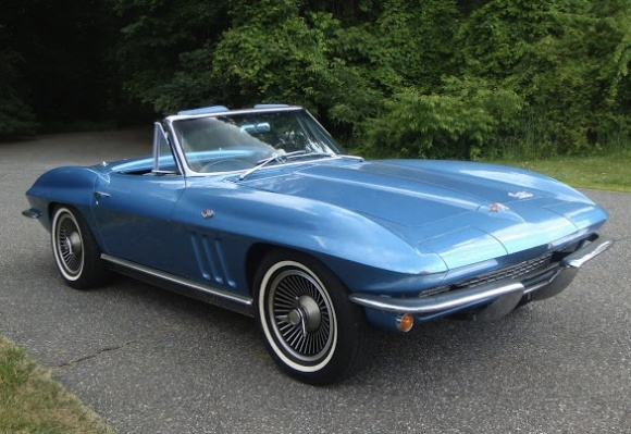 1965_Chevrolet_Corvette_Roadster_Survivor_For_Sale_Front_resize
