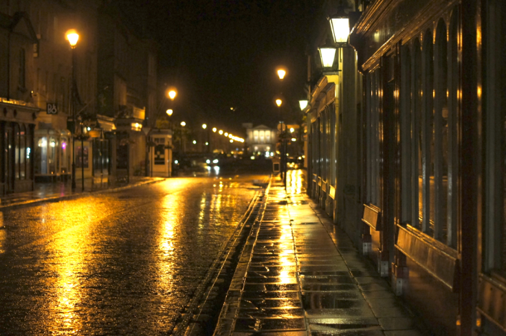 great-pulteney-street-at-night